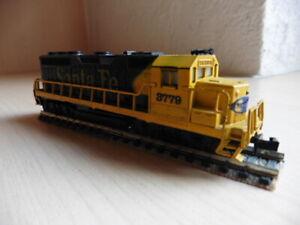 US Diesellok,Spur N,EMD GP-40,Santa Fe,gebraucht