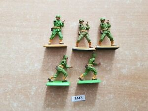 Britains Deetail WW2 American Infantry 5 figures for spares (lot 3443)