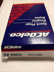 AcDelco Spark Plug R45TS in Original Box set 8 Spark Plugs 19157995