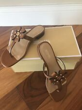 Michael kors Tara flower flip flop leather size 6,5