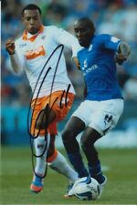LLOYD DYER HAND SIGNED LEICESTER CITY 6X4 PHOTO.