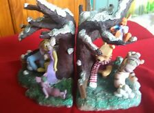 Disney Winnie the Pooh Classic Pooh and Friends snowball fight Bookends