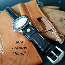 Bund Fixed Lugs Vintage Wristwatch Bundle with aviation strap Black strap