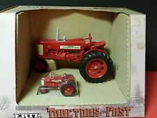 Ertl McCormick Farmall 350 1/16 & 1/43 diecast metal farm tractor replica/ toy