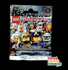 *NEW* LEGO Minifigure SERIES 9- SEALED BLIND BAG-RANDOM-Chicken suit guy? Alien?