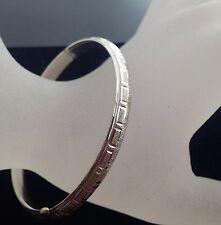 Eye-Catching 14K White Gold Bangle Bracelet Accents Greek Key Patter .