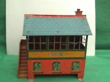 HORNBY 0 GAUGE No2 TIN SIGNAL CABIN WITH OPENING REAR FOR CONTROLS IN VGC