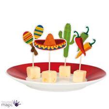 Art de la table de fête rouge en cuisine pour la maison