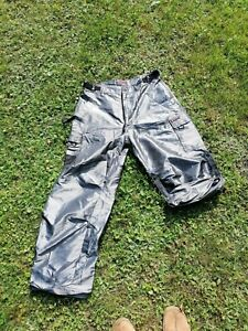 Southpole Function shiny baggy silber Glanz Gr. L