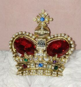 Exquisite Vintage Royal Crown Glass, Crystals & Pearls Gold Tone Brooch Pin
