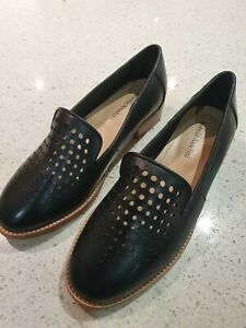 ISABELLA ANSELMI Black Leather Pointed Loafers Flats Shoes SIZE 39 Au 8.5 - NEW