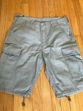 Levis Men's Relaxed fit Below the knee Cargo I Shorts
