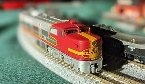 N Scale - Kato USA - 106-0502 - Locomotive, Diesel, Alco PA - Santa Fe - 70