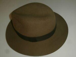 """Chapeau """"INDIANA JONES"""" feutre marron. 100% LAINE Très beau modèle."""