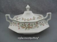 Johnson Brothers Eternal Beau tureen / covered vegetable dish