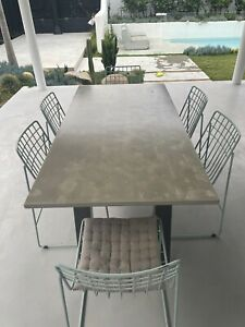 Made By Tait - 6 Seater Outdoor Dining Tabel