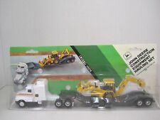 John Deere Construction Equipment Hauling Set Ertl #5574 - NEW