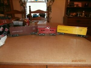 3-AMERICAN FLYER S-SCALE FREIGHT CARS--BOXCAR; REEFER CAR & CABOOSE-SEE LISTING