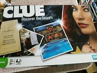 2008 Parker Brothers CLUE Discover the Secrets Board Game