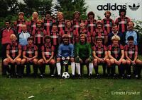 AK 4424 Alte Mannschaftskarte Eintracht Frankfurt 81/82