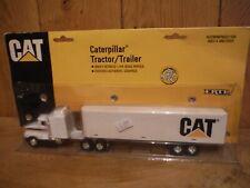 ERTL Rare Caterpillar Tractor Trailer unit 1:64 scale (MM3)
