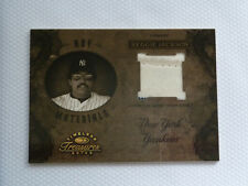 2003 Timeless Treasures HOF Materials Yanks #HOF-40 - Reggie Jackson Jersey /25