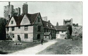FRAMLINGHAM, SUFFOLK -  OLD HOUSES AND CASTLE  COLOUR  POSTCARD