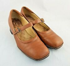 Soft Walk Womens Mary Jane Camel Brown Dress Shoes Size 8 Buckle Block Heel SWS