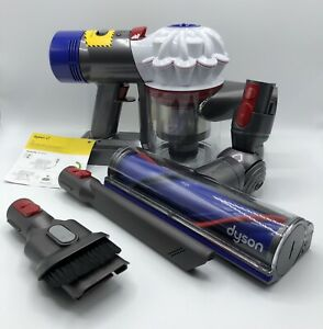 "Dyson v7 Animal Cordless Vacuum Cleaner ""Brand New"""