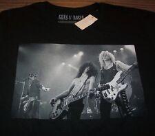 GUNS N ROSES SLASH AXL ROSE DUFF LIVE T-Shirt MEDIUM Band NEW w/ TAG