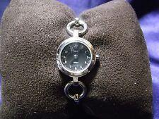 Woman's Timex Bracelet Watch  **Nice** 1038