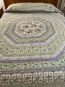 """Vintage Hand Crafted & Quilted Hexagon Patchwork  Quilt 110"""" x 96"""" King #823"""