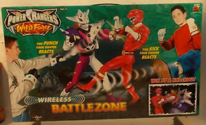 Power Rangers Wild Force Battlezone Playset Red Ranger vs Alien Jindrax (MISB)
