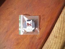 Millwall supporters club 1952 football badge