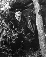 """Zorro"" Guy Williams  5x7 * 1950's * FREE US SHIPPING Classic TV 📺"