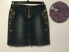 Ladies decorated denim skirt junior size 5 blue Z. Cavaricci Y7