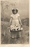 VINTAGE YOUNG GIRL HOLDING BASKET FLOWERS FOR MAMMA HILDESHEIMER POSTCARD UNUSED
