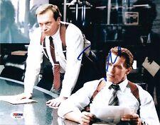 """TOM ARNOLD as AGENT GIBSON SIGNED 8X10 PHOTO PSA DNA """"TRUE LIES"""" SCHWARZENEGGER"""
