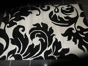 DESIGNER,  6' x 4', BRAND NEW,  INDIAN,  HAND-MADE, PURE WOOL...FREE DELIVERY.j