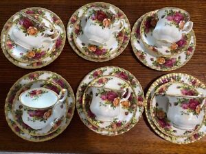 Old Country Roses, Royal Albert 6 Coffee Cups, Saucers, Plates.