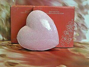 AVON 'BATH HEART' FIZZY EFFERVESCENT BATH TABLETS PINK 2PC SET - DISCONTINUED