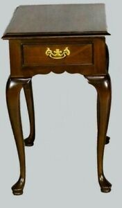 Stickley Mahogany Queen Anne Style End Tables Williamsburg Style