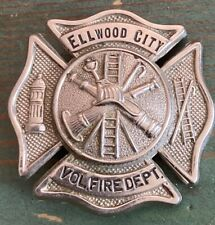 Vintage Ellwood City Pa Vol Fire Dept Cap Badge Pennsylvania USA C.G Braxmar Co.