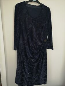 Via Veneto size 16 navy ruched dress with gold sparkle