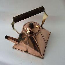 Forma inusual Antiguo Artesanías cobre, latón y madera Hervidor de agua