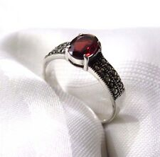 925 STERLING SILVER DUO ROW MARCASITE AND GARNET  SET  RING SIZE 9