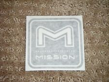 Black & White Mission Bow Decal (Look)