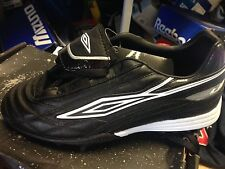 UMBRO anterra  black footbal trainerst in leather look size 6 uk at £12