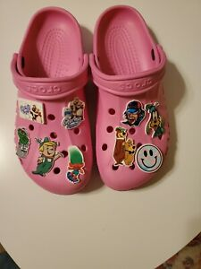 Crocs Pink Baya Clogs Mens 8 Womens 10 pre-owned with custom charms