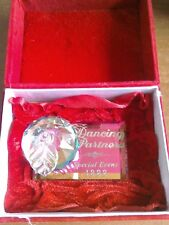 WDCC Crystal Apple, dancing partners 1999 special event piece